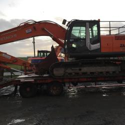 A NICE HITACHI ZX210LC-3 OUT TO LOCAL CUSTOMER IN DOOLIN CO.CLARE