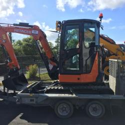 VERY NICE HITACHI ZX33U OUT FOR DELIVERY TO LOCAL BUILDER